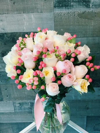 Garden Roses love Hand-Tied Bouquet