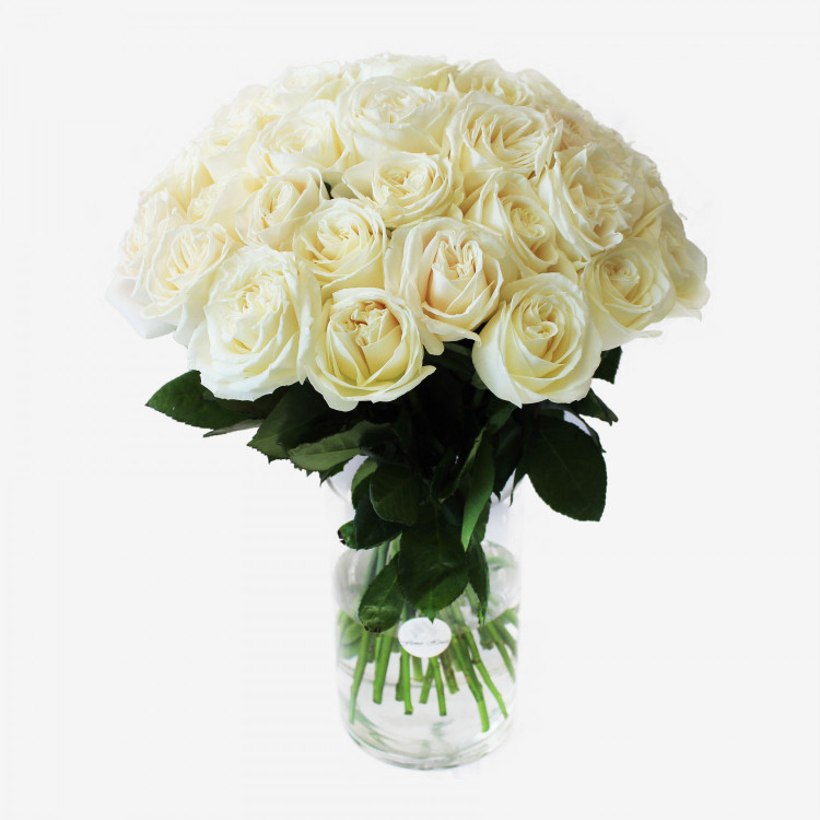 30 White Playa Blanca Rose Bouquet