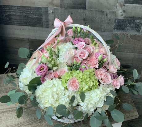 Alanna Basket Arrangement
