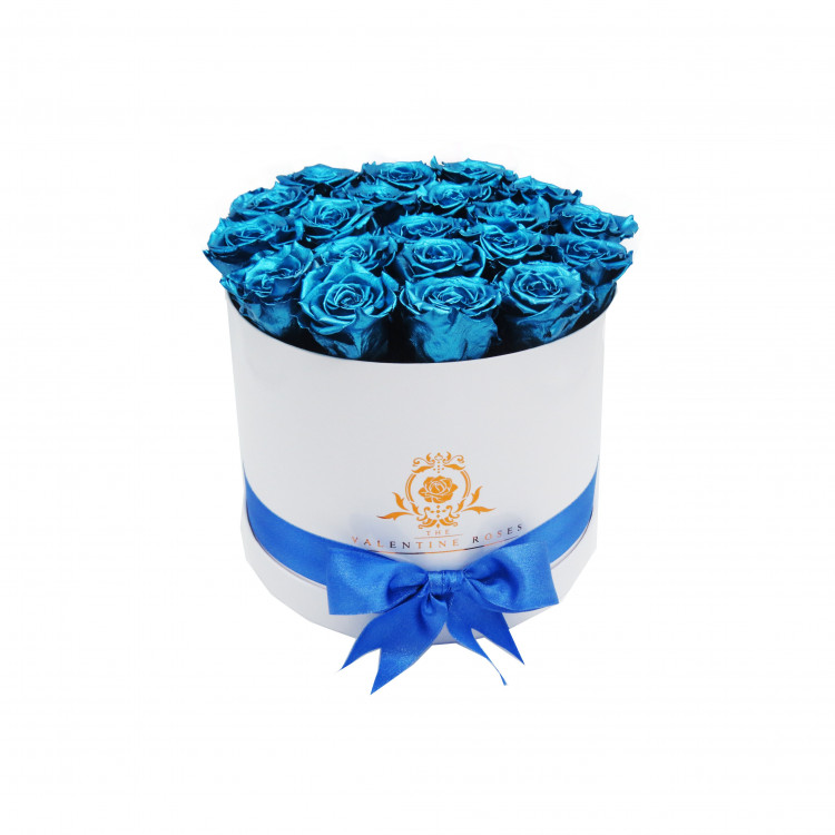 "Long Lasting Roses in a Hat Shaped Flower Box | 10"" Medium Sized 