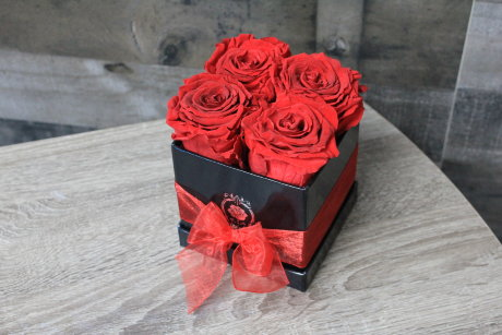 "Long Lasting Roses in a Square Shaped Flower Box | 4"" Small Sized 