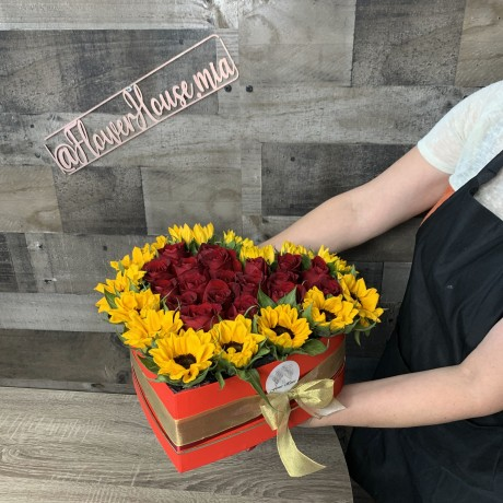 Red Amaya Sunflower Flower Box